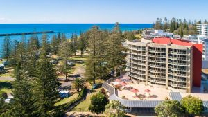 Northpoint Apartments - Yamba Accommodation