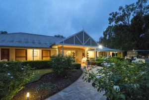 Thistle Hill Guesthouse - Yamba Accommodation