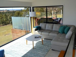 Wine Country Villas - Yamba Accommodation