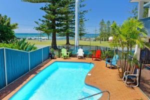 Beach House Holiday Apartments - Yamba Accommodation
