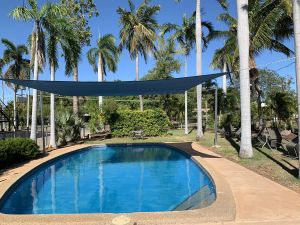 Pine Tree Motel - Yamba Accommodation