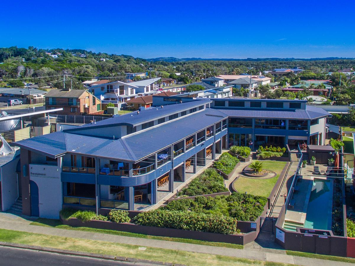Lennox Holiday Apartments - Yamba Accommodation