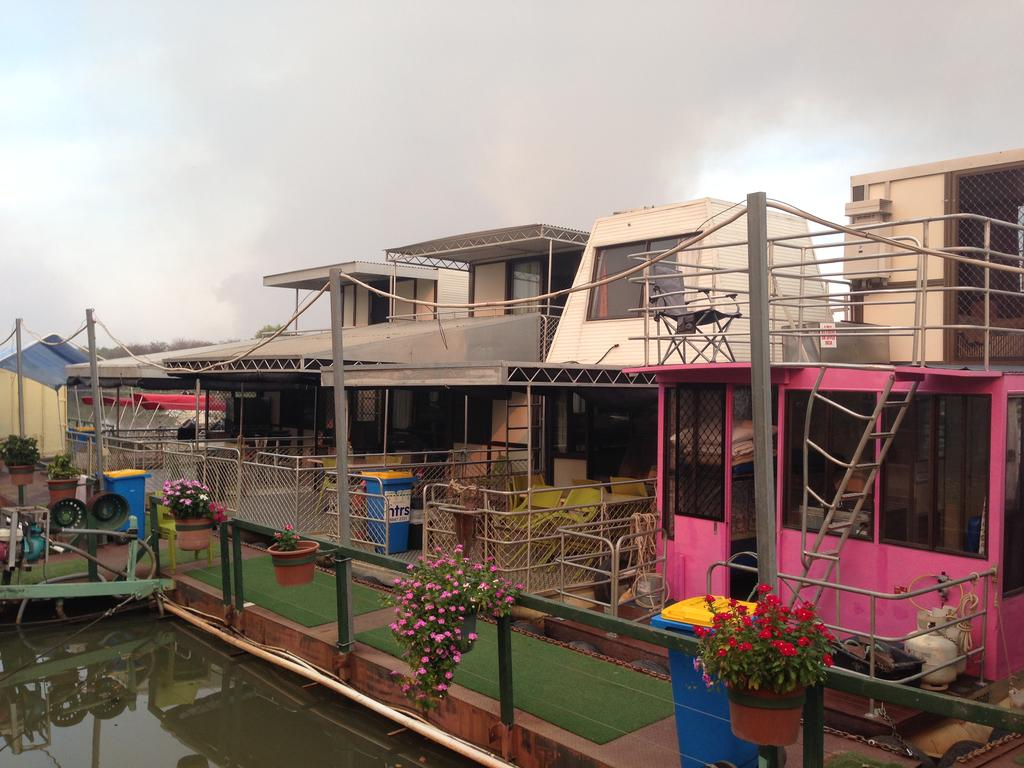Corroboree Houseboats - Yamba Accommodation