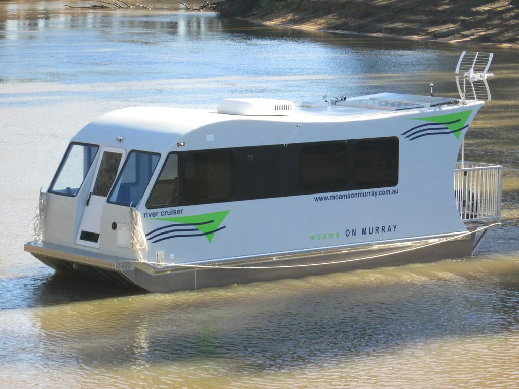 Moama on Murray Houseboats - Yamba Accommodation