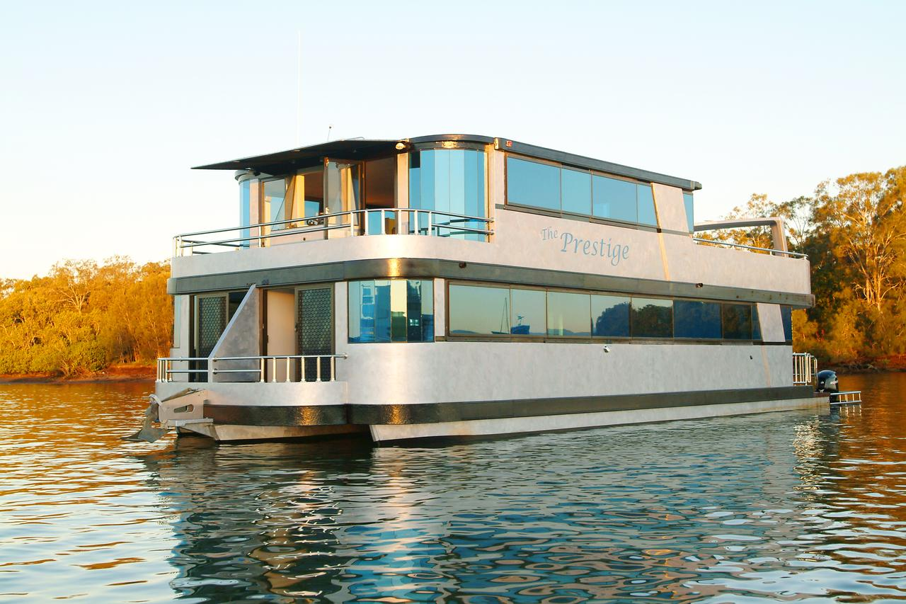 Coomera Houseboats - Yamba Accommodation