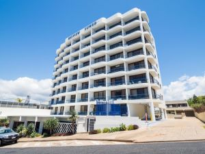 Bayview Tower - Yamba Accommodation